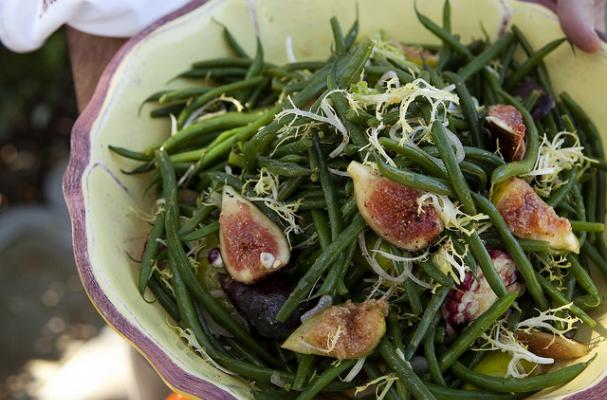 Garden Fig Salad with Corn and Green Beans
