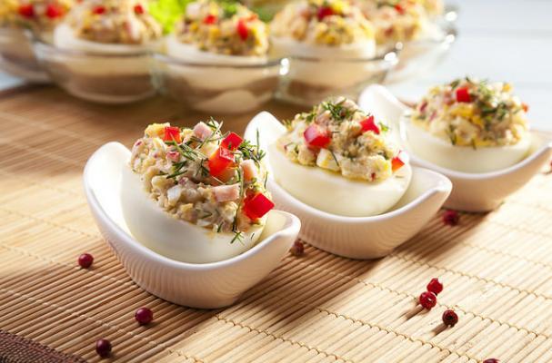 Lemon Dill Chicken Salad Stuffed Eggs