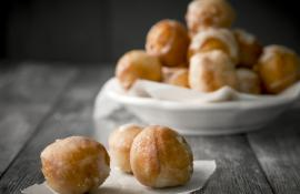 Irish Cream Glazed Doughnut Holes